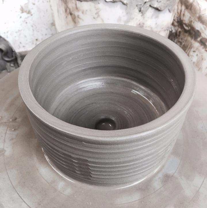 Plant pot pottery